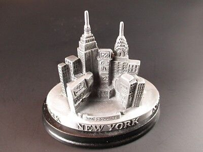 New York Highlights on Wood Base, Times Square, Empire, Chrysler, Souvenir USA,