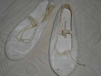 Dance Time Girls White Leather Ballet Shoes - size 3