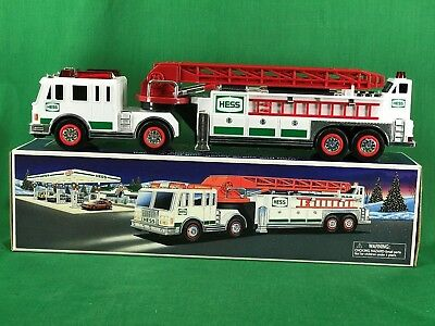 2000 Hess Fire Ladder Truck with Box Tested Working LV3 #4