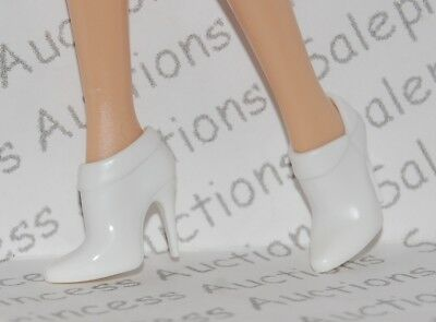 NEW 2011 Barbie Basics Collection 002 Red Look 02 Target White Ankle Boots Loose