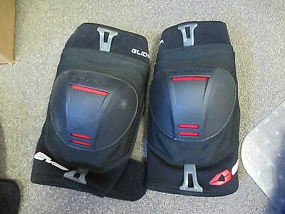 Evs  Knee Protector Set L+R - Adult Small- Armor / Padded / Adjustable
