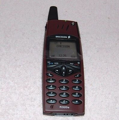Ericsson R320 Red Rock Dummy Display Phone Boxed  FREE POST
