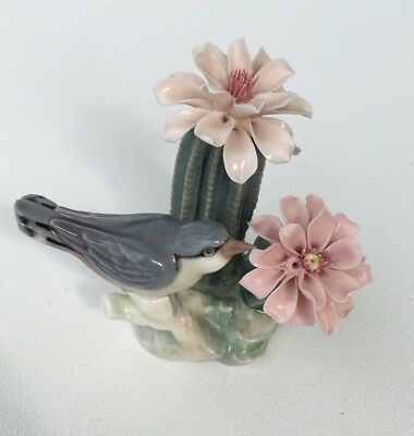 RARELY OFFERED 1303 Lladro Bird On Cactus
