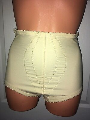 PLAYTEX VTG 70s ~ I CAN'T BELIEVE IT'S A GIRDLE BRIEF/PANTY ~ NYLON GUSSET ~ M