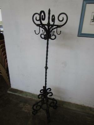D37013 Vintage Wrought Iron Coat Rack Hat Stand