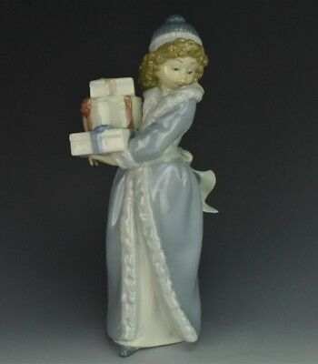 NAO By LLADRO Young Girl With Christmas Presents Spain Porcelain Figurine NR KNH