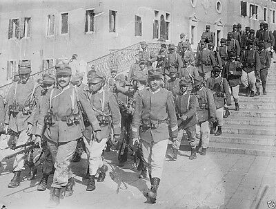 Italian soldiers in Venice Italy 1914 1915 World War I 8x10 Photo