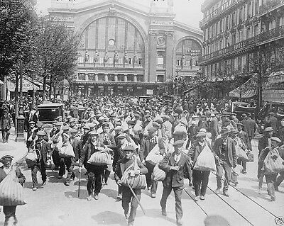 New World War I WWI 8x10 Photo - Belgian Reserve Troops arrive in Paris 1914
