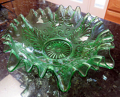 Signed Northwood Stippled BLOSSOMS & PALMS Green EAPG 3-in-1 Crimped Bowl 1905