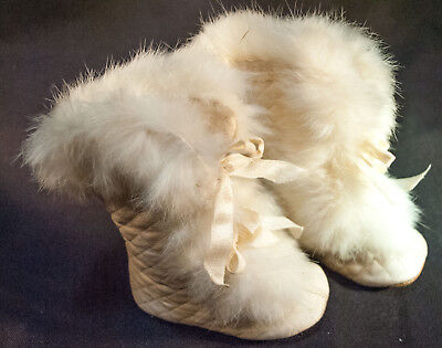 1900's PAIR OF EARLY CHILD'S WHITE WINTER CARRIAGE BOOTS
