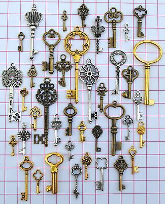 40 Antique Vtg Old Look Skeleton Key Lot Pendant Steampunk Jewelry Making 664