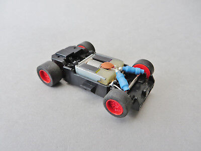 Micro Scalextric 1/64 - Saloon / GT  CHASSIS (red wheels)