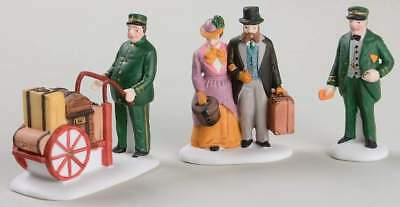 Department 56 DICKENS VILLAGE Set Of 3 Holiday Travellers 64215