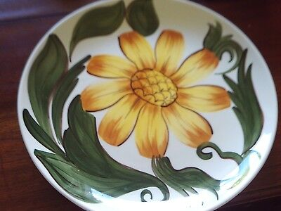 "LOVELY WADE SUNFLOWER PLATE 9 1/2"" 1950's"