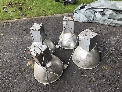 Hilclare industrial lamps x4