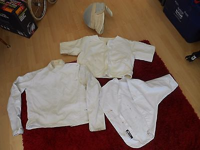 Vintage Leon Paul Fencing Head Guard & Clothes Size 38 -- Child / Youth