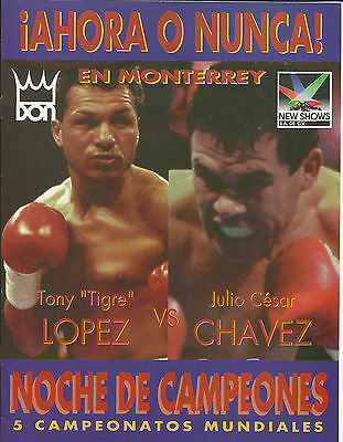 Rare 1994 Julio Cesar Chavez vs Tony Lopez World Title Programme from Mexico