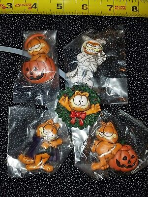 (5) Garfield Enesco Halloween & Christmas 1978 Magnets New In Packages Pumpkins