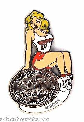 HOOTERS RESTAURANT 20th ANNIVERSARY GIRL ADDISON LAPEL BADGE PIN