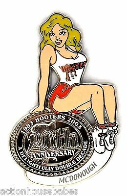HOOTERS RESTAURANT 20th ANNIVERSARY GIRL MCDONOUGH LAPEL BADGE PIN