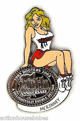 HOOTERS RESTAURANT 20th ANNIVERSARY GIRL MCKINNEY LAPEL BADGE PIN