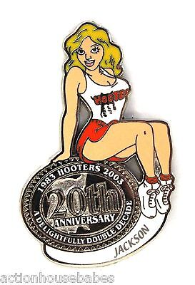 HOOTERS RESTAURANT 20th ANNIVERSARY GIRL JACKSON LAPEL BADGE PIN