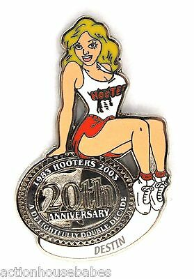 HOOTERS RESTAURANT 20th ANNIVERSARY GIRL DESTIN  LAPEL BADGE PIN