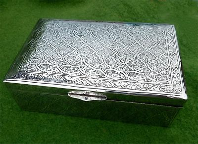 DECORATED VINTAGE WOOD LINED EGYPTIAN SILVER CIGARETTE BOX c1960s - 12.96oz