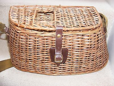 Vintage Fishing Tackle Hand Made Wicker Creel Fish Pot Belly Shoulder Style