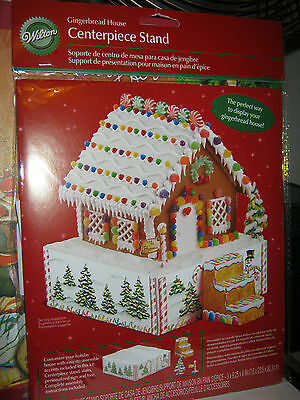 Wilton Gingerbread House Centerpiece Stand