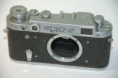 Russian SYSTEM CAMERA M39 THREAD WITH DISTANCE METER FED -2 Type 8B Camera