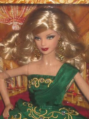 2011 HOLIDAY Barbie Collector Long Blonde Hair #W6236 NRFB