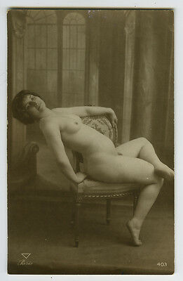 1910s Sexy French NUDE LADY risque photo postcard