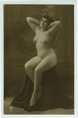 1910s Glamour French NUDE BEAUTY sexy lady photo postcard