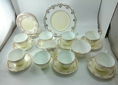 RANELLA LEWIS Antique Gold Chintz Lustre FINE Bone China ENGLAND 27 pcs. SET