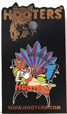 Hooters Sexy Waitress Girl New Orleans La. Mardi Gras Carnival Mask Lapel Pin