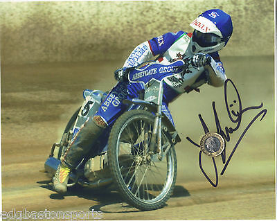 Leigh Lanham Original Professional 10 x 8 Photo HAND SIGNED