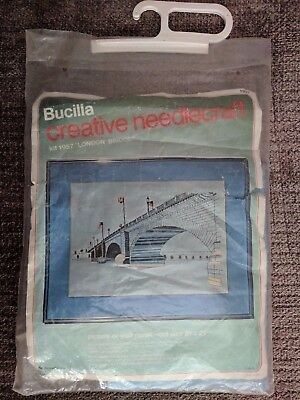 VINTAGE BUCILLA STITCHERY CREWEL KIT No 1957 'LONDON BRIDGE' PICTURE WALL PANEL