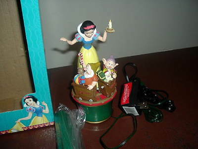 Mr. Christmas Snow White And The Seven Dwarfs Twirling Table Piece Or Tree Top