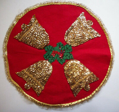 Vintage gold Christmas bells and holly felt sequin beads table cloth
