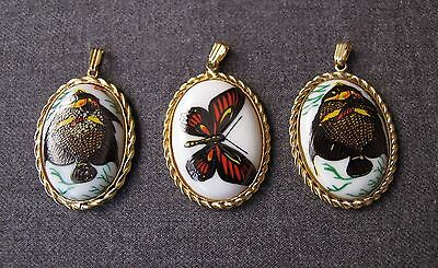 3 Vintage Decorated With A Butterfly & Fish Glass & Golden Metal Pendants Lot
