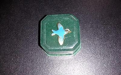 BIRD LAPEL PIN VINTAGE w/BOX