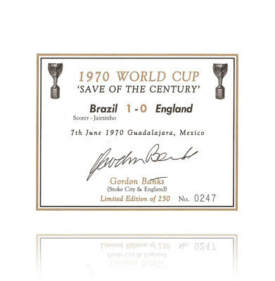 Gordon Banks hand signed champagne label - 1970 Autograph