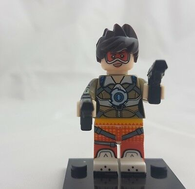 Tracer Overwatch Lego Compatible Minifigure, x2 guns