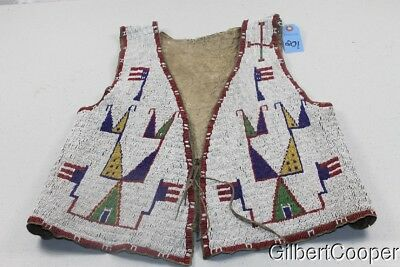 SIOUX 1850's BEADED VEST W/UPSIDE DOWN FLAG