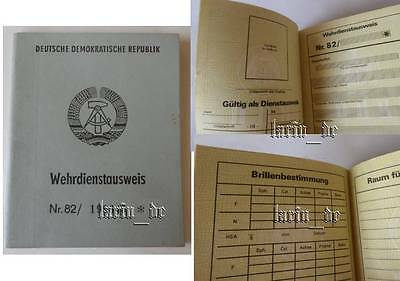 DDR 1982 NVA / Grenztruppen Armee Ausweis , East german army ID book / document