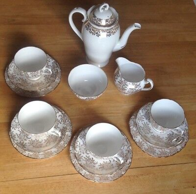 ROYAL VALE gold & white 4x trio sets, jug & bowl with ADDERLEY gold/white teapot