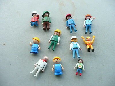 Lot of 11  Vintage Geobra Playmobil and more  People Figures Accessories 1974