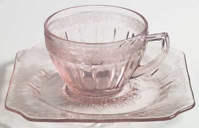 Jeannette Glass ADAM PINK Round Cup & Square Saucer 7009963