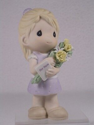 Precious Moments Girl 'Mom, Your Love Makes Me Blossom' #840001 New In Box